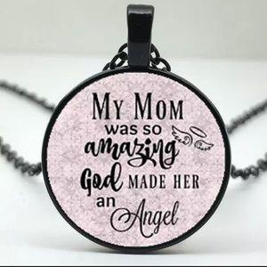 Jewelry - Amazing Mom Necklace